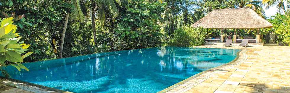 Lumbung swimming pool